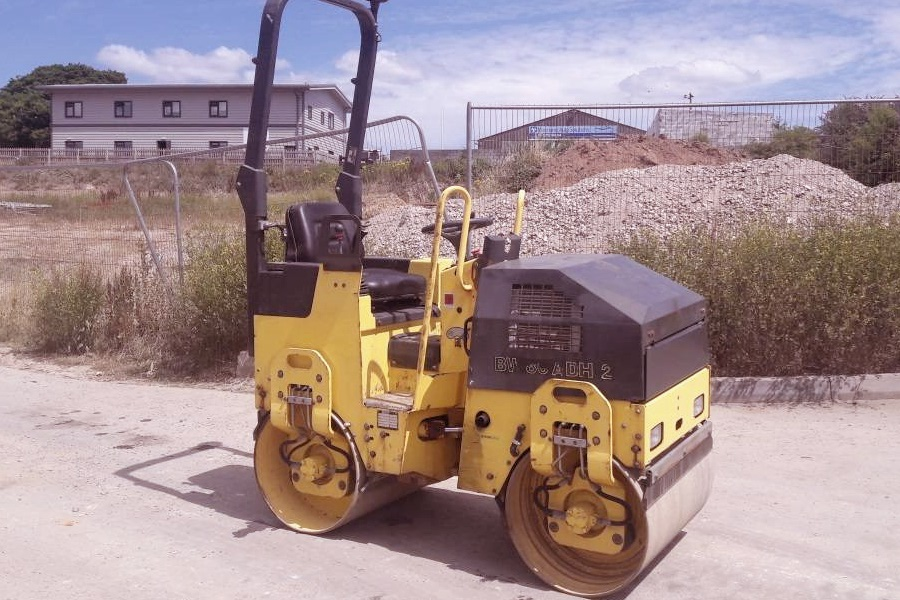 Bomag BW80ADH Decal Set on roller